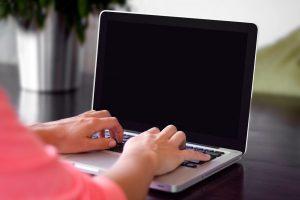 子育て中の専業主婦でもブログで簡単に稼げる仕組みを説明しよう